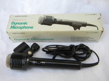 Realistic Highball-7 dynamic microphone