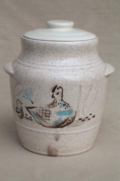 Red Wing Bob White bird vintage pottery cookie jar canister w/ lid