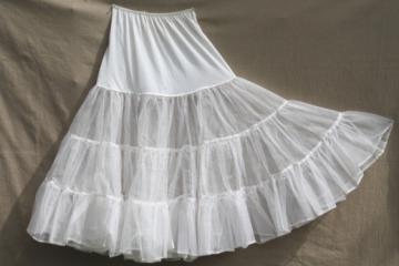 Retro 50s vintage crinoline petticoat, net ruffled nylon slip for full skirts