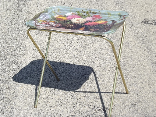Retro 60s 70s Vintage Metal TV Tray Tables For 2, Floral Bouquet Print