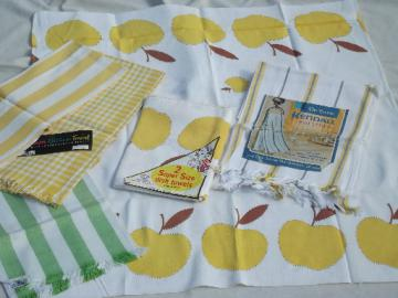 Retro 60s kitchen linens lot, apple print vintage yellow-gold  dish towels