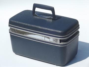 Retro 60s Samsonite train case, vintage box bag suitcase w/ key