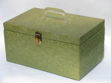 Retro 60s vintage lime green quilted fabric sewing box, handled case w/ tray