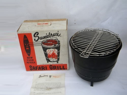 Retro 60s Vintage Swanniebraai Portable Safari Newspaper Grill