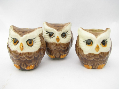 Retro 70s handmade ceramic owl S and P shakers, family of owls on a branch