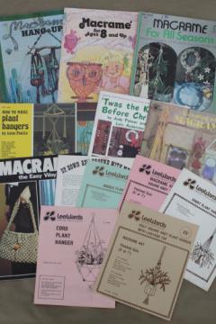Retro 70s hippie vintage macrame pattern booklets & project leaflets lot