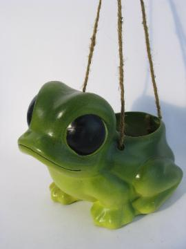 Retro 70s vintage big-eyed frog pottery flower pot, ceramic hanging planter