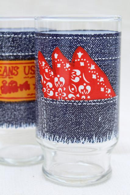 retro 70s vintage drinking glasses, Jeans USA blue denim red bandana print tumblers