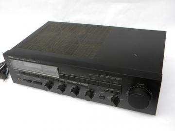 Retro 80s Yamaha Natural Sound stereo receiver R-7 Japan