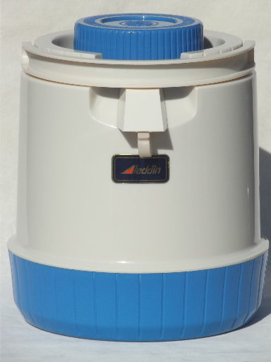 Well-known Retro Aladdin thermos, Pump-a-Drink insulated plastic cooler jug  NH37