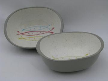 Retro atomic design vintage kitchen bowls, grey w/ 50s colors, mod shape