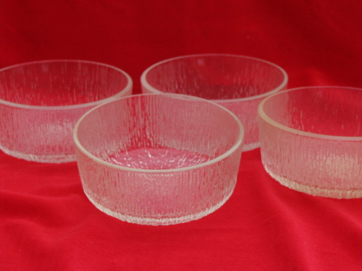 Retro crystal ice textured pattern salad bowls, Scandinavian mod style