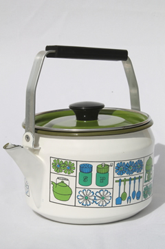 Retro enamelware tea kettle, 60s 70s vintage tea kettle w/ mod kitchen print design