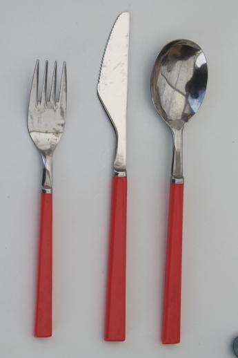 Retro flatware with colored plastic handles 80s vintage silverware lot - Flatware colored handles ...