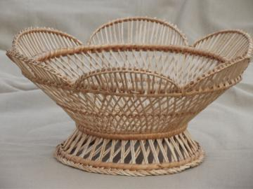 Retro fruit basket, woven basket bowl w/ mod flower shape, tiki style!