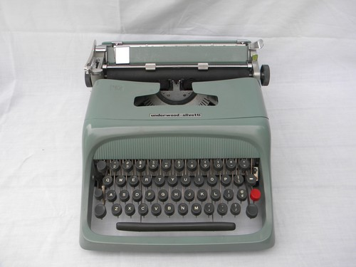 Retro green Underwood-Olivetti Studio 44 typewriter w/case 1960s vintage