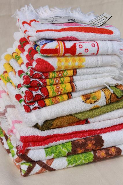 retro kitchen towels lot vintage cotton terrycloth prints dish rh 1stopretroshop com terry cloth dish towels terry cloth dish towels