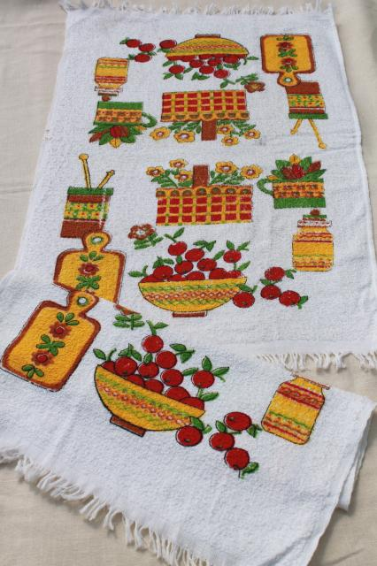 retro kitchen towels lot, vintage cotton terrycloth prints dish towels, many unused