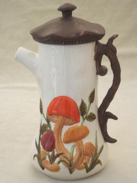 Retro mushrooms coffee pot, 70s vintage ceramic coffeepot mushroom pattern