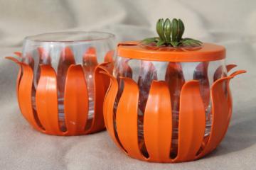 Retro orange enamel lotus flower jam pots, mod 60s vintage Scandinavian modern kitchenware