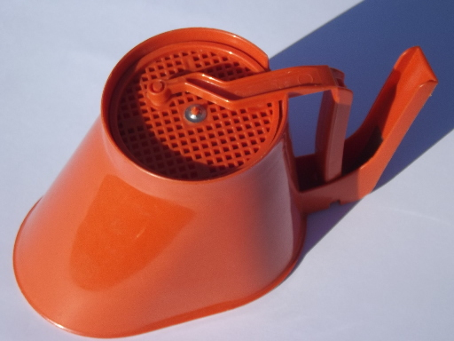 Fun Pop Of Color For Your Kitchen It Holds Three Cups When Full
