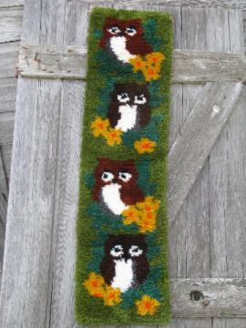 Retro owls 70s vintage latch-hook wall art hanging or door banner
