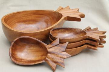 retro pineapple bowls, luau tiki bar island style, 60s vintage monkey pod wood salad set