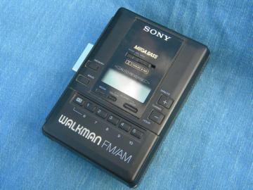 Retro Sony Walkman Mega Bass radio/cassette tape player WM-AF65
