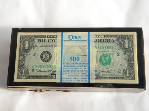 Retro Us Money Novelty Transistor Radio Stack Of Dollar