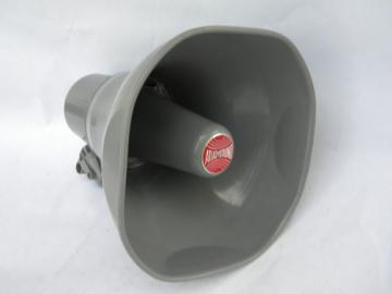 Retro vintage 15 watt Atlas Sound loudspeaker AP-15 horn speaker