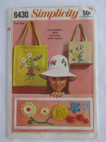 Retro vintage 60s sewing pattern, mod hippie flowers rick-rack applique