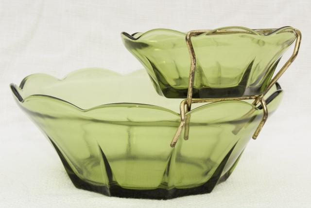 retro vintage avocado green glass chip & dip set, mod flower shape bowls w/ metal rack