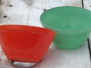 Retro vintage kitchen glass cottage cheese bowls, fiesta rainbow colors