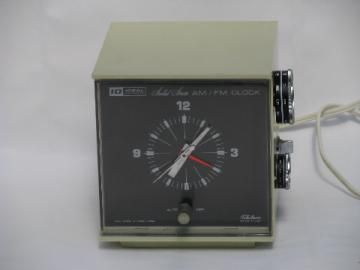 Retro vintage mod cubist Telechron/Ideal clock radio, Hong Kong