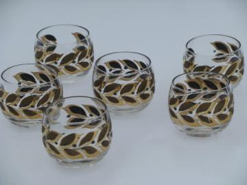 Retro vintage roly-poly bar drinks rocks glasses, mod gold leaf pattern
