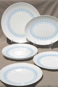 Richelieu fleur de lis pattern dinner plates vintage Homer Laughlin blue \u0026 white china & vintage china dishes and dinnerware