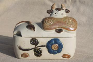 Rustic vintage pottery cow butter dish or jam pot, 70s 80s Japan stoneware