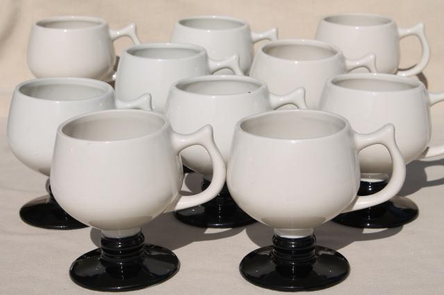 set of 10 coffee mugs Eva Zeisel mid century modern design, vintage Hall pottery footed cups