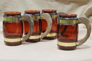 Set of retro Siesta Ware wood handled amber glass mugs, plain root beer brown