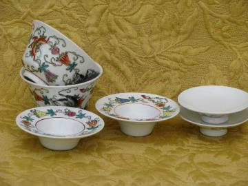 Set oriental flowered porcelain noodle bowls and sauce / ginger dishes