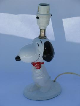 Snoopy desk or table lamp, retro 70s vintage Peanuts