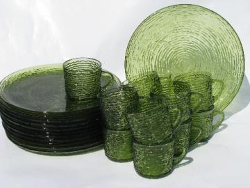 Soreno retro vintage pattern glass snack sets, cups & round plates, verde avocado green