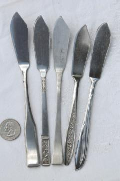 stainless steel butter knives, butter knife lot, mismatched patterns vintage flatware