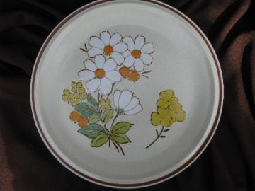 Summertime floral expressions round serving plate tray, retro Hearthside stoneware