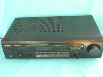 Teac AG-260 stereo receiver / amplifier