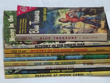 Teen mystery / adventure, late 60s vintage children's book club stories