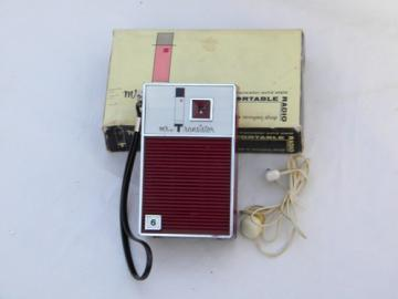 Vintage 1960s red Mr. Transistor portable pocket radio w/original box