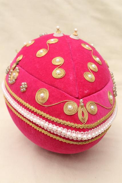 Vintage 60s 70s Leewards Beaded Pink Flocked Velvet Egg