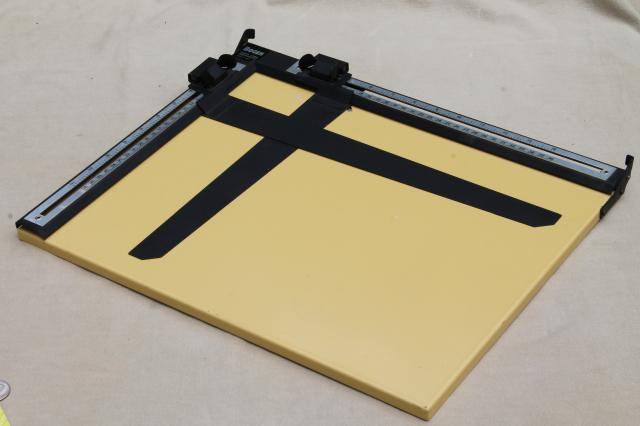 vintage Bogen darkroom enlarging easel, photo or graphic positioning & layout