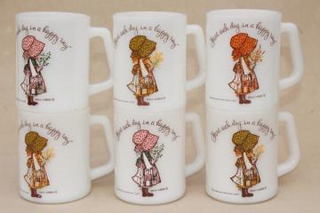vintage Federal glass coffee cups, 6 Holly Hobbie mugs, start each day in a happy way